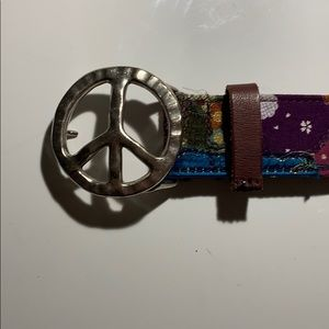 Vintage Lucky Brand Peace sign belt